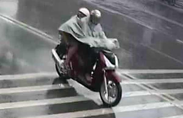 Người phụ nữ chở con chết trên quốc lộ: Có kẻ mạo danh viết đơn khiếu nại