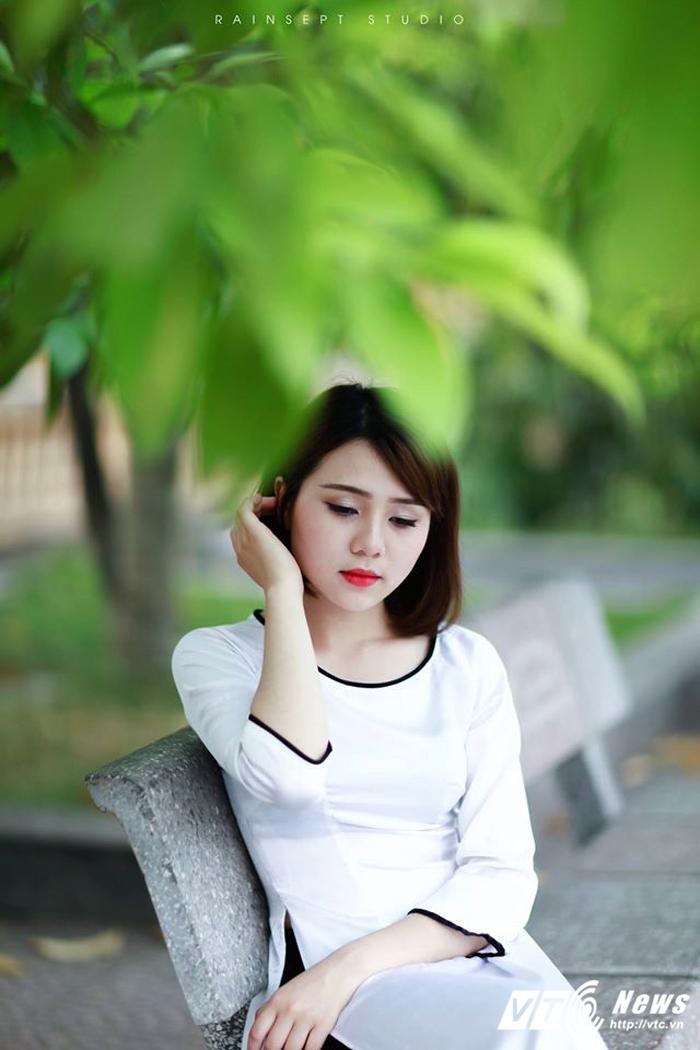 Hot girl ĐH Văn hóa – Nghệ thuật Quân đội xinh đẹp hút hồn