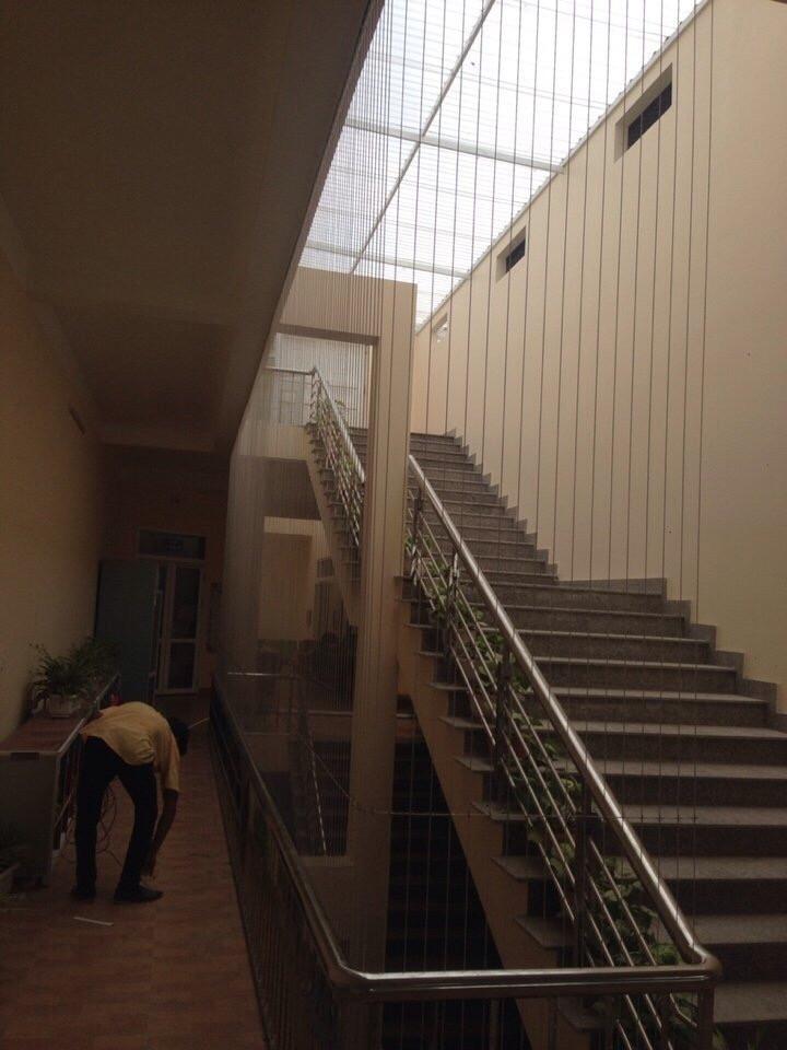 cầu thang cáp tăng đơ