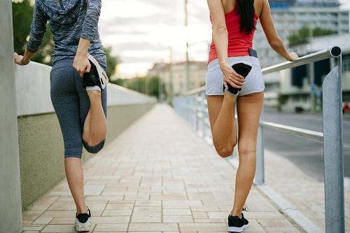 khởi động trước khi chạy
